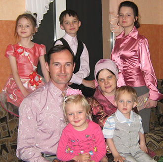 Sergei Kurdyukov with his family